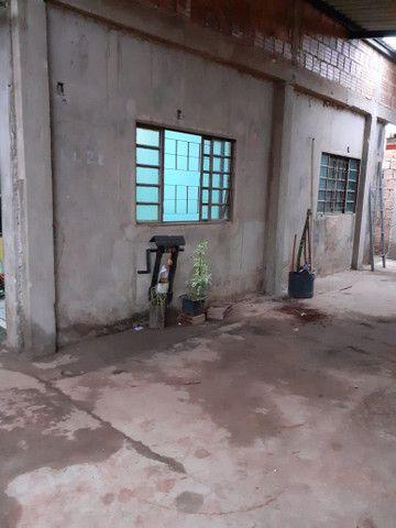 Vendo ou troco em casa em chácara - Foto 2