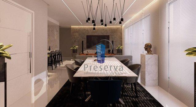 ENTREGA PARA 2024. Apartamento diferenciado, com amplo terraço e único no andar, no Centro - Foto 3