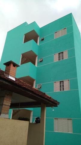 Aluga-se apartamento centro de Dourados