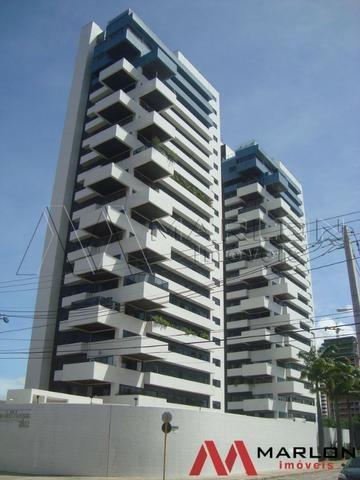 Apartamento Palácio de Lacqua Lagoa Nova, com 4/4 e 280m²