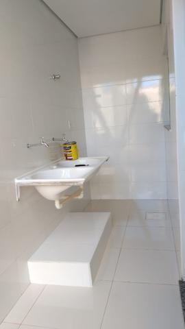 Vendo lindo duplex Novo com 3 quartos e com 2 suítes e acabamento diferenciado - Foto 8