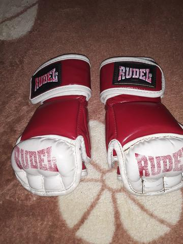 2 luvas de boxe. 1 luva de luta profissional. 6 protetores bocal - Foto 5