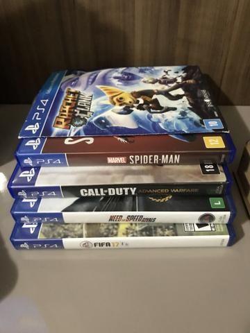 PS4 slim 500g + 2 controles + 9 jogos - Foto 3