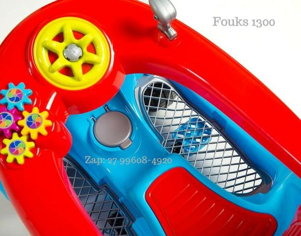 Carro de Passeio Fouks Calesita Passeio e Pedal Em 12x de R$37,41 Sem Juros - Foto 4