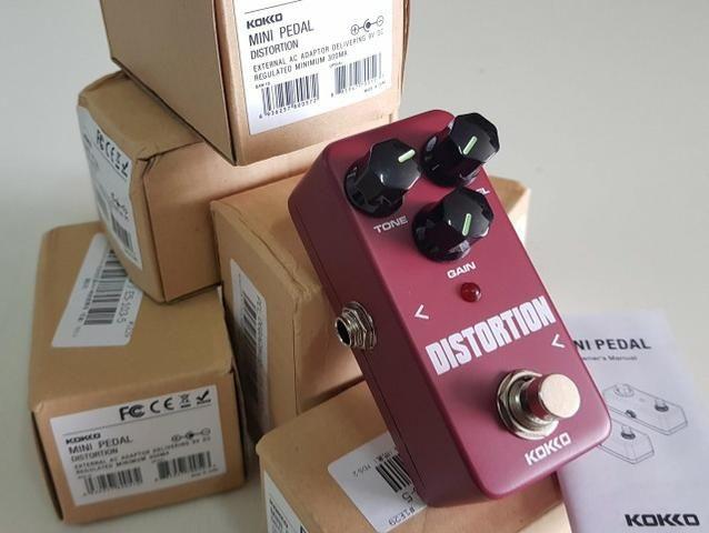 Pedal Booster compressor distorção distortion overdrive Kokko guitarra violão baixo