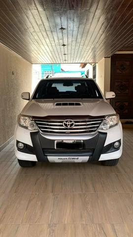Toyota Hilux Sw4 2014 5 lugares