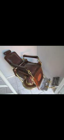 Cadeira de barbeiro vintage - Foto 3
