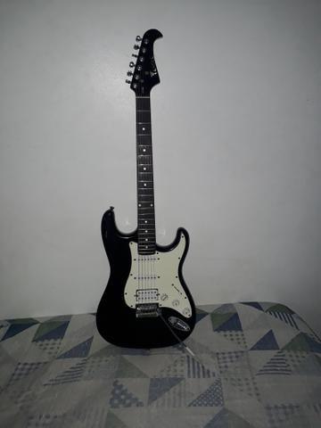 Guitarra Eagle Super Strato