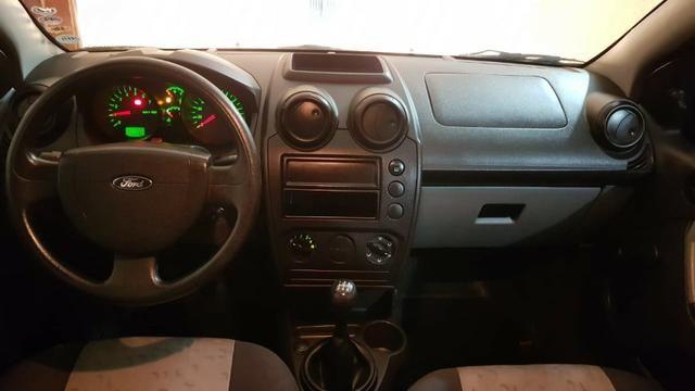 Fiesta Hatch 2008 sem entrada 48x 588,00 - Foto 3
