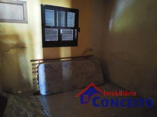 C10 - Residência com 04 dormitórios em ótima região - Foto 4
