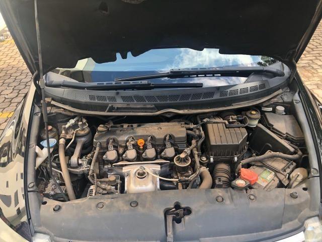 Honda Civic preto manual LXS 1.8 completo com bancos em couro. IPVA 2020 pago - Foto 4