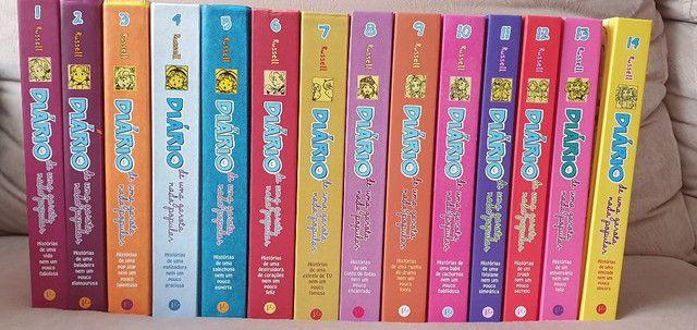 """Coleção de Livros """"Diário de uma Garota Nada Popular"""""""