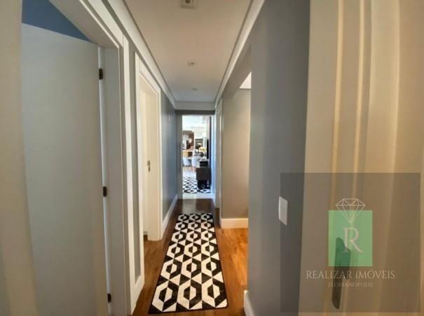 Ótimo apartamento com 03 dormitórios no bairro Balneário - Foto 11