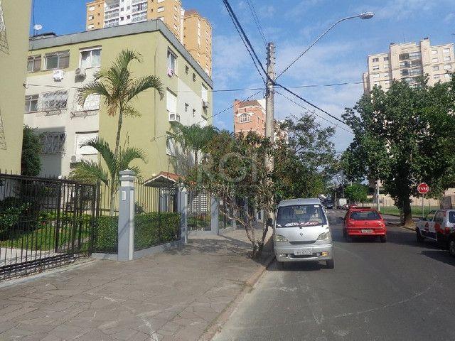 Apartamento à venda com 1 dormitórios em Jardim europa, Porto alegre cod:HM295
