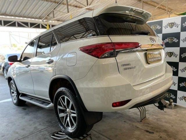 Toyota hilux sw4 2019 2.8 srx 4x4 7 lugares 16v turbo intercooler diesel 4p automÁtico - Foto 7