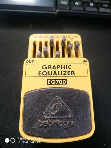 Graphic equalizer behringer