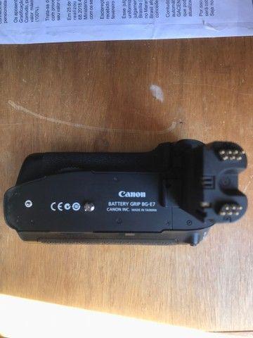 Grip Canon BG-E7