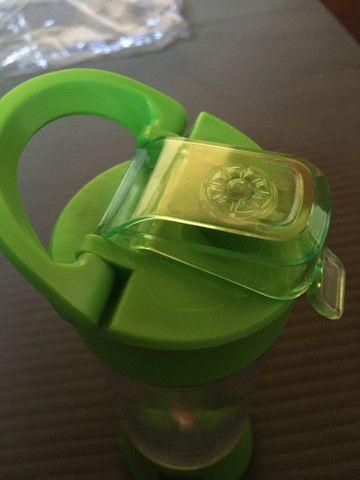 Coqueteleira copo mixer elétrica e recarregável. - Foto 2