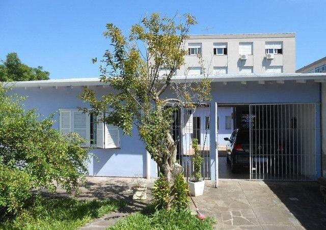 Casa à venda com 2 dormitórios em Vila ipiranga, Porto alegre cod:HM61