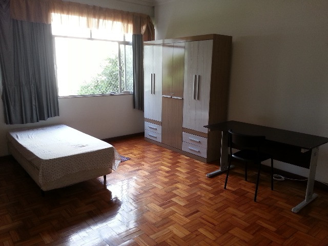 Excelentes vagas e quartos no Ingá - Ótima localização, arejado e iluminado - Foto 11