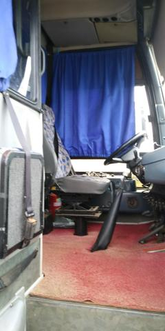 Vendo ônibus 99 com ar - Foto 3