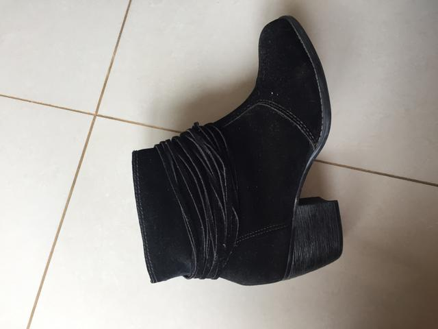 32090236e4 Bota Moleca tam35 - Roupas e calçados - Centro