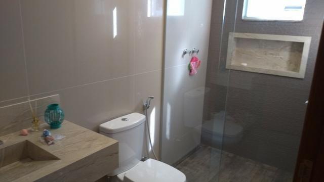 Samuel Pereira oferece: Casa 3 Suites Nova Moderna Pé Direito Duplo Piscina Churrasqueira - Foto 14