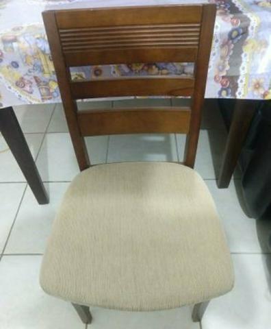 Mesa de Madeira alto padrão com 6 cadeiras - Foto 3