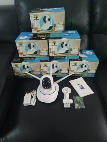 Câmeras para segurança via Wi-Fi, visão noturna e gira 360°