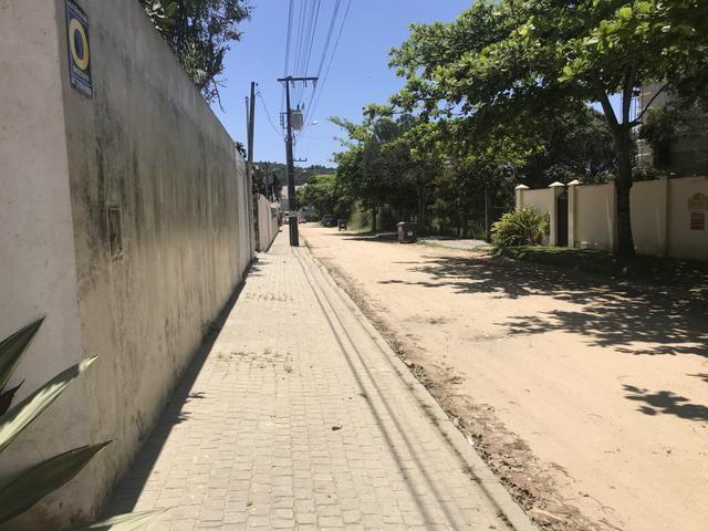 Linda área para um condomínio de casas no Estaleiro bc - Foto 2