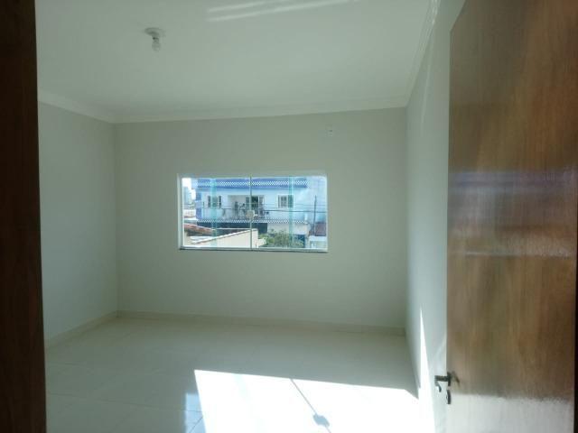 Vendo lindo duplex Novo com 3 quartos e com 2 suítes e acabamento diferenciado - Foto 9
