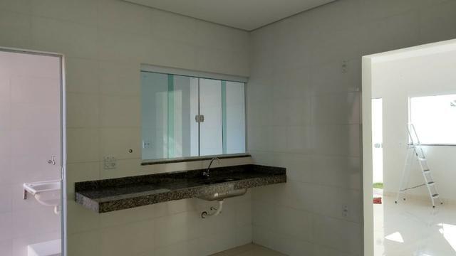 Vendo lindo duplex Novo com 3 quartos e com 2 suítes e acabamento diferenciado - Foto 7