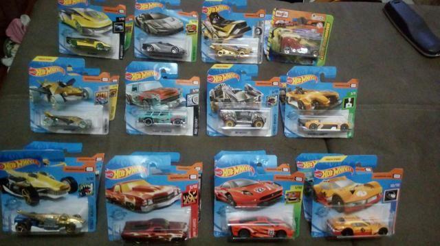 Carrinhos Hot Wheels - Foto 3