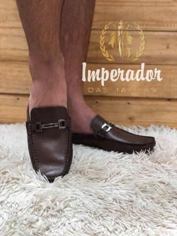 Mule estilo sapatilha