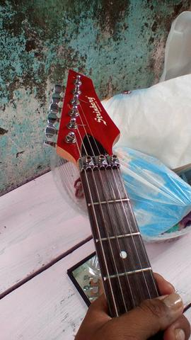 Guitarrq strinber */ * - Foto 2