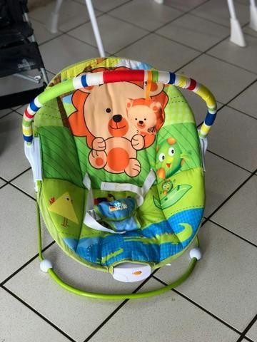 Cadeirinha de descanso com Vibracoes Relaxantes que estimulam seu Bebezinho