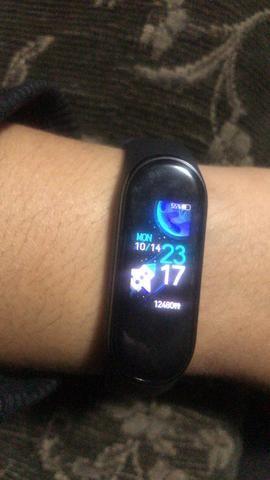 Relógio inteligente SmartWatch Mi Band 4 - ORIGINAL novo lacrado na caixa - Foto 6