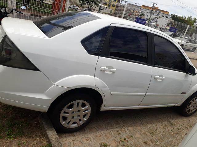 Fiesta sedan 2013 1.6 completo. financio ate 48 x - Foto 2