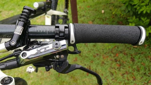 Bicicleta caloi elite carbon Original XT 12x Sem Juros - Foto 3