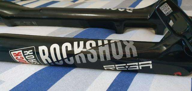 Suspensão Rock Shox Reba 29 Trava Guidão Tapered 15x100 - Foto 6
