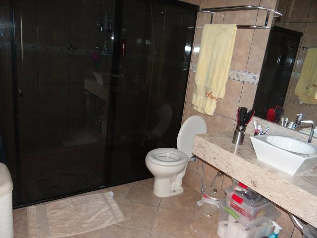 Arniqueiras QD 04 Casa 4 qts 3 suítes lazer lote 2.287m pode dividir em vários lotes - Foto 6