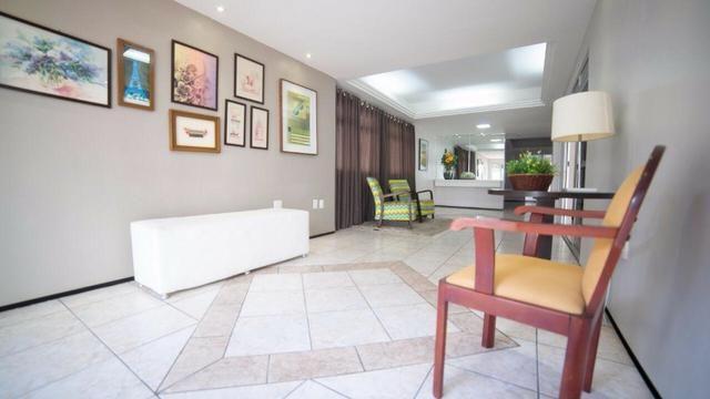 Vende-se Apartamento no Bairro Cocó Próximo Center Box - Foto 7