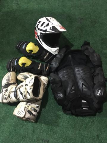 Capacete Fox motocross, trilhas, enduro - Foto 4