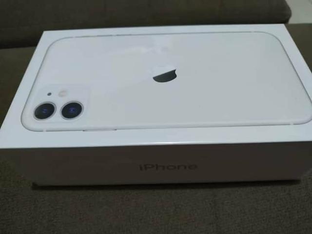 IPhone 11 64 GB Branco Novo Lacrado - Foto 3