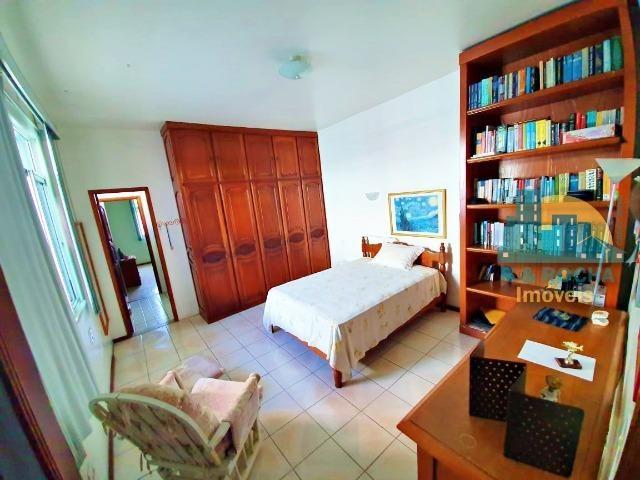 Casa com 4 quartos amplos e uma linda piscina - Duplex com 260m² - 3 vagas - Foto 7