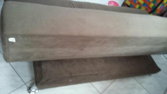 Vende -se um sofá cama retrátil - Foto 4