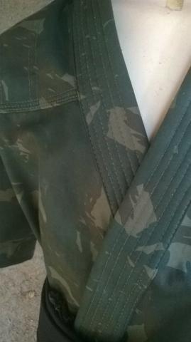 Kimonos Camuflado Tamanhos M 1,M 2 ,M3,M 4 Produtos novos e embalados liquidação - Foto 2