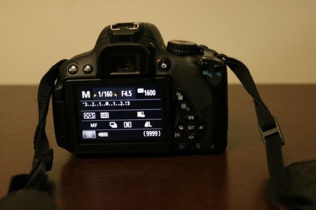 Camera Canon T4i + Lente 18-55 - Foto 2