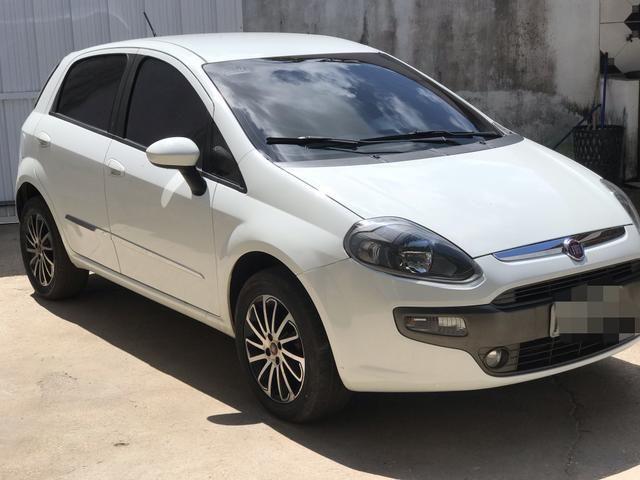 Fiat Punto essence Dualogic 1.6 16v 15/16 R$= 38,000