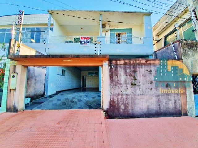 Casa com 4 quartos amplos e uma linda piscina - Duplex com 260m² - 3 vagas - Foto 20
